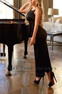 Elise escort sexy