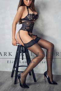 escort alana in stockings and suspenders